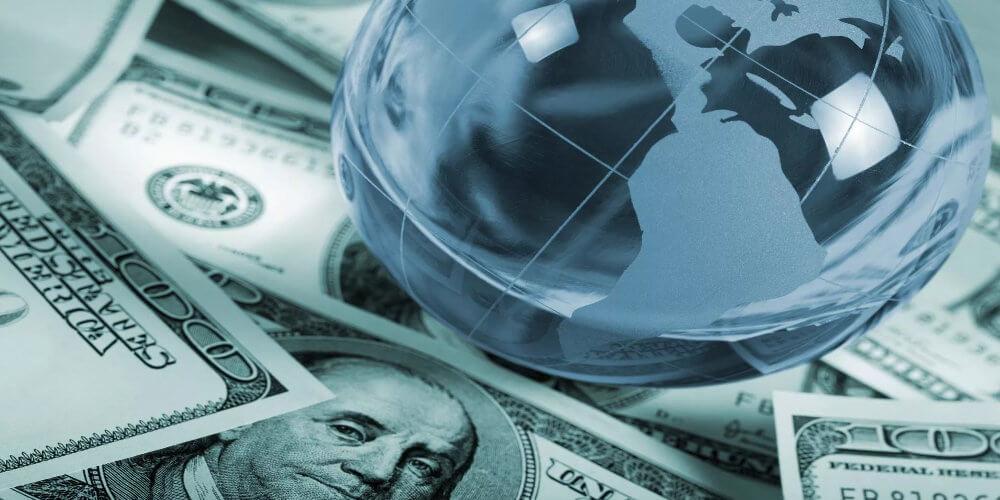 Влияние политики на экономику в стране